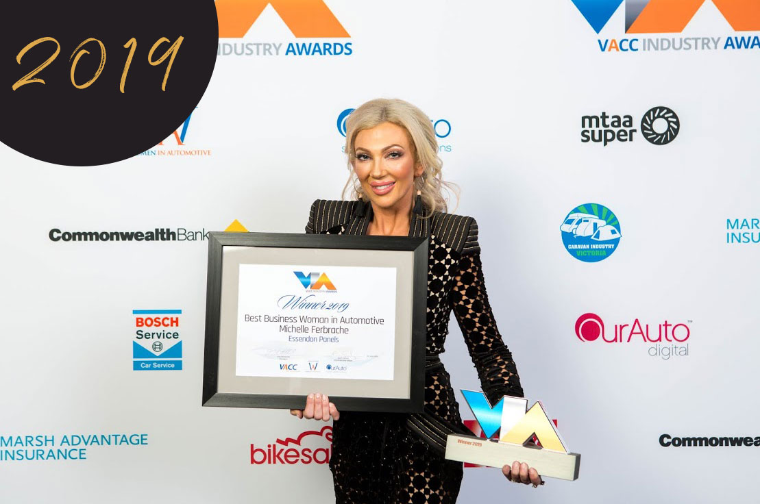 MICHELLE-FERBRACHE-receiving-Best-Female-Business-Woman-VACC-award-2019-